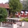 Bilder från Systrarna Skogströms lantcafé i Öhr
