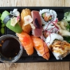Mellan sushi take away 50min efter beställning
