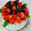 Gräddig sommartårta