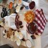 Fantastisk lunch med soppa och två varmrätter och dessert
