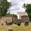 Bilder från Älmeboda gamla kyrka (kyrkoruin)