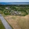 Vy från luften ovan Bunge Flygfält när Svenska Fallskärmsförbundet var på besök.