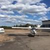 Plattan med hangarbyggnaden till höger