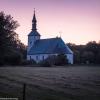 Brahekyrkan i kvällsljus