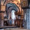 Predikstol och en del av korskranket