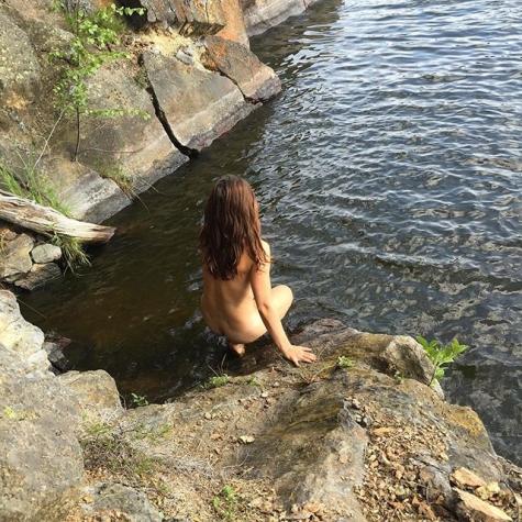 varm tjeck naken nära Stockholm