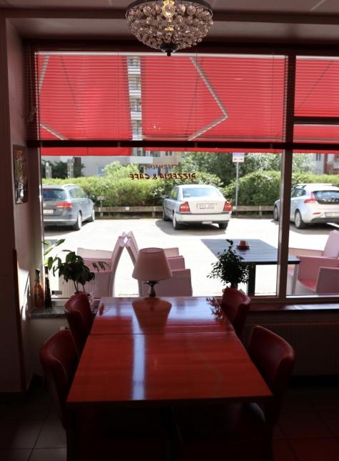 Östermalms Pizzeria och Café