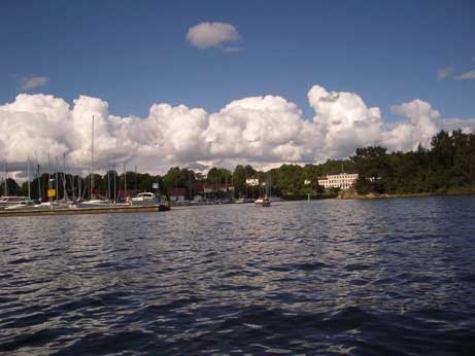 Parkbadet Nävekvarn, Bråviken