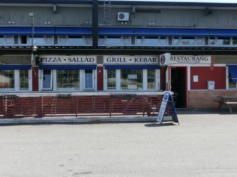 nillas pizza frövi