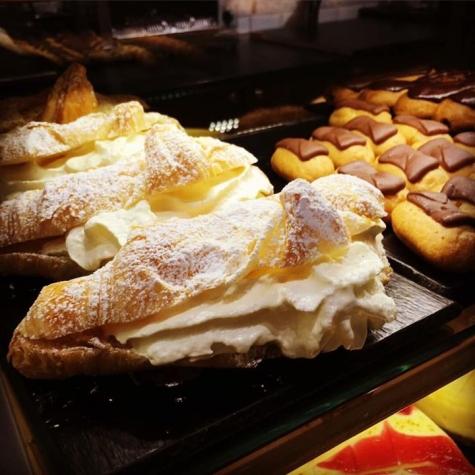 Le Croissant Mall of Scandinavia