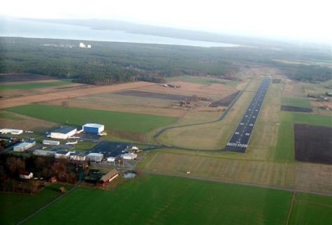 Lidköping-Hovby flygplats