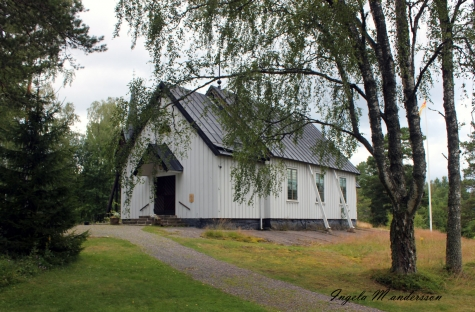 Björkö-Arholma kyrka