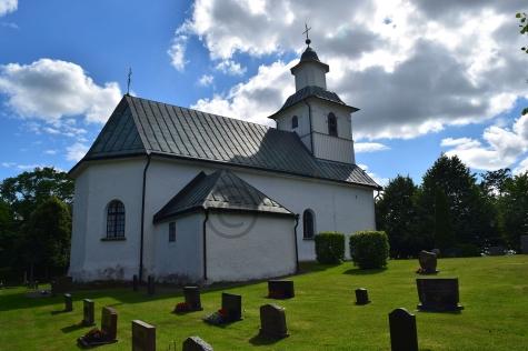 Låstads kyrka