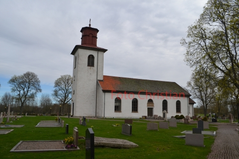Barne-Åsaka kyrka