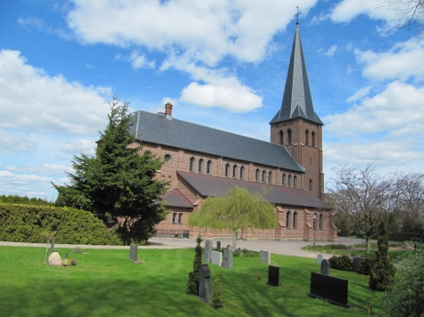 Hyby nya kyrka