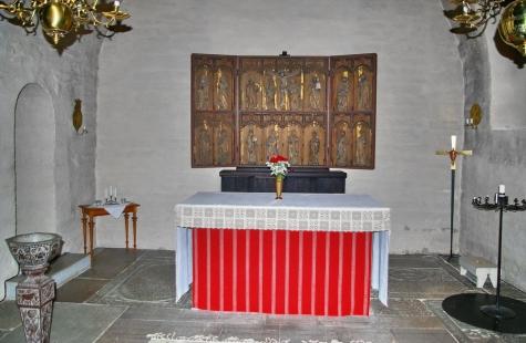 Rogslösa kyrka