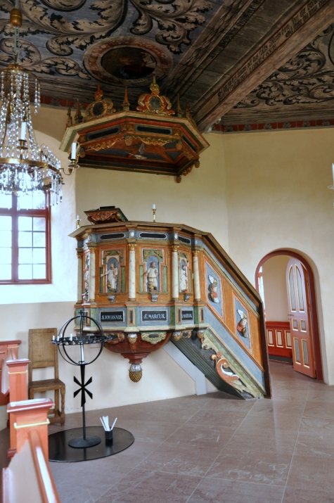 Hovby kyrka
