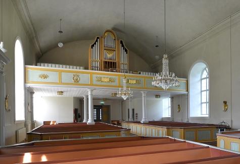 Multrå kyrka