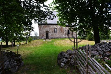 Suntaks gamla kyrka