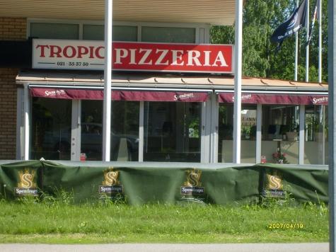 Pizzeria o Restaurang Tropic