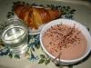 Varm Choklad och croissant på Tvålpalatset. Rekommenderas. Varmt.