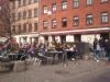 Det trivsamma o soliga torget vid Jacobs café