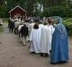 16 juni 4 dagar före invigning Lars Larberg och Stellan Nilsson lägger gräsmatta