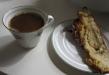 Kaffe med mandelkrans