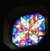 Korsarmarna i stengolvet är tydligare med denna möblering av kyrkan. Foto: (c) Kerstin Pilblad 2011.