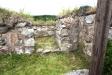 Ruinen har även en sakristia längst fram.