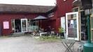 Cafe Flora till höger