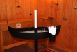 Ljusbordet har formen av en båt.