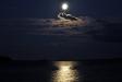 Månsken över Ava havsbad och camping
