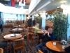 Inre delen av restaurangen har mindre bord.