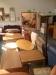 Två rum med möbler