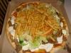 Kebabpizza med strips.