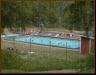 Badpoolen vid Hammarstrands badplats vid campingen.