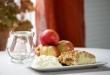 Äppelkaka med Skatornas vaniljfluff
