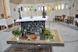 Ett altare mitt i rummet