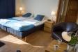 wc/dusch och separat sovrum.