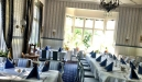 Vår klassiska restaurang med utsikt mot den strömmande Dalälven