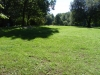 stora välvårdade gräsytor.