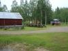 Grillplatser mm. Till höger om lusthuset finns 4 ställplatser.