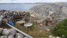 Varmröken och eldstad med utsikt över havet och vinga fyr