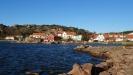 Till höger ligger Gerlesborgs Kök och Kafé