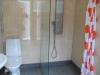 Nyrenoverad toalett och dusch