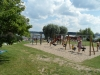 Lekplats och strand
