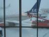 Amapola Fokker 50 väntar på kvällens postflygning