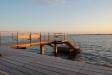 Solnedgången träffar bryggan © J. Bengtsson