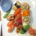 12-bitars sushi som Kim (ägaren) piffade upp lite extra ;)  mmm
